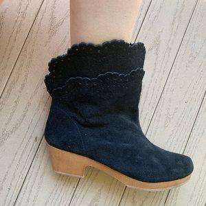 Gap Black Booties